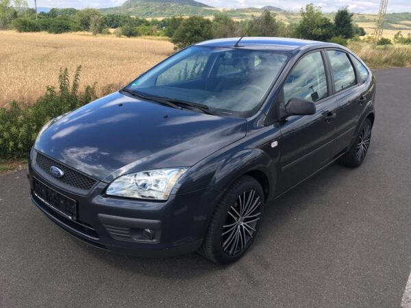 Ford Focus 1.6i 85kW